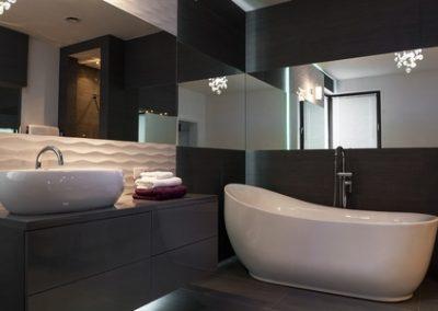 Elegantly finished tiled bathroom